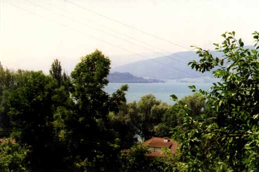 T�uffelen and Lake Biel